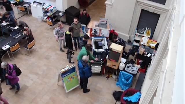 Das FabLab der FAU baut seine Maschinen in der Stadtbibliothek auf preview image