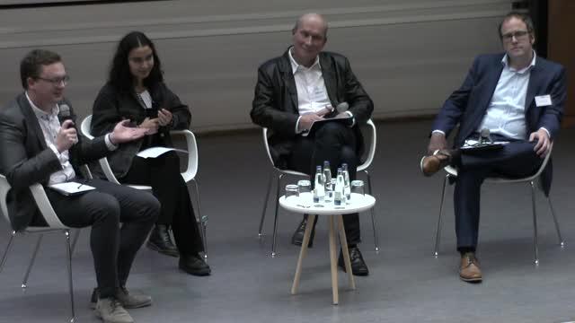 Podiumsdiskussion zum Vortrag »Wie viel Zeit bleibt uns noch?« preview image