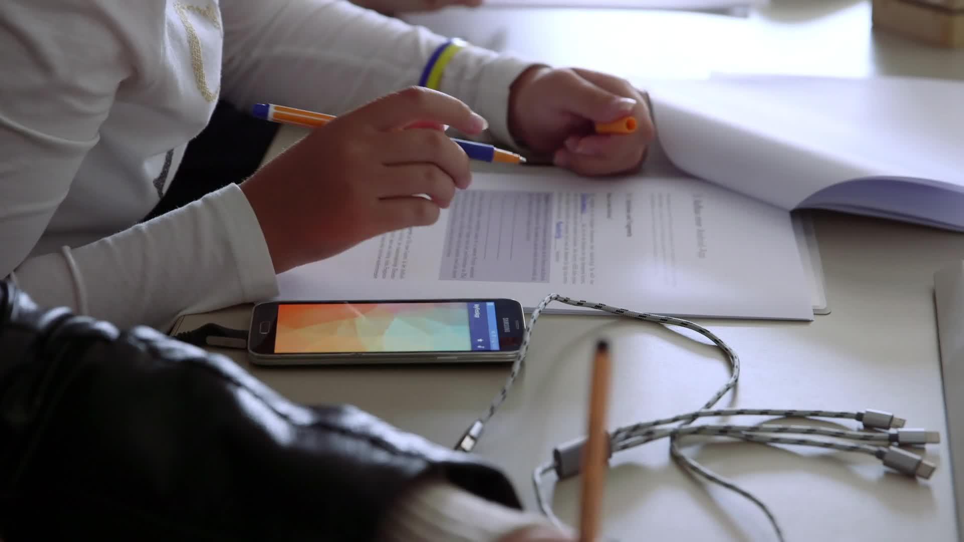 Jetzt geht's App - Android Programmierung leicht gemacht - das Mädchen-und-Technik Praktikum preview image
